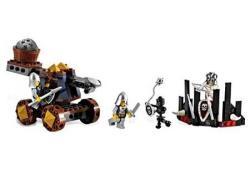 Lego Knight's Catapult Defense