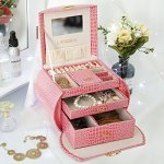 LANGRIA Pink Jewelry Boxes Girls Travel Lockable Jewelry Orgnizer Makeup Storage Display Case With Mirror For Rings Earrings Nec